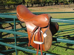 Rossi English Saddle