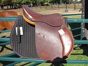 New Close Contact English Saddle